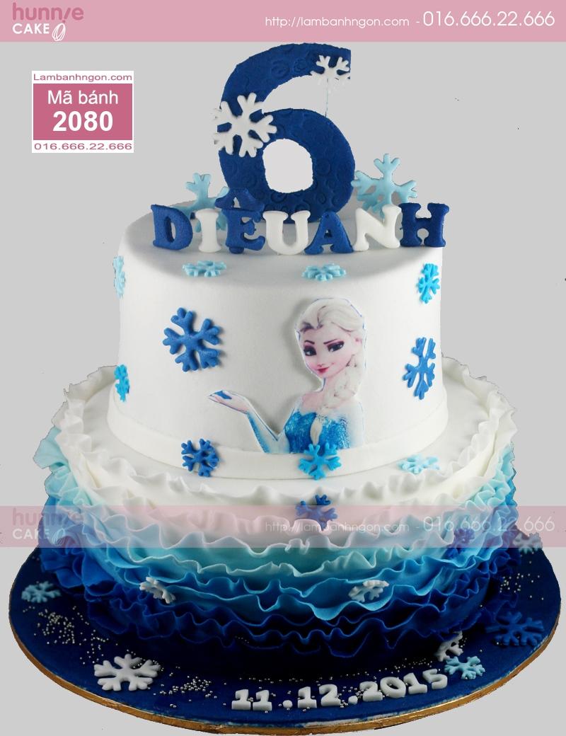 Mẫu bánh sinh nhật đẹp giữa Nữ hoàng băng giá Elsa và Công chúa Anna đứng cạnh bên nhau